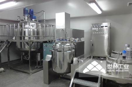 Vacuum emulsifying mixing unit typical case